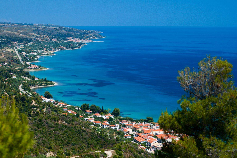 https://blog.grecos.pl/wp-content/uploads/2016/10/Wybrze%C5%BCe-Grecji-1-e1478702864281.jpg