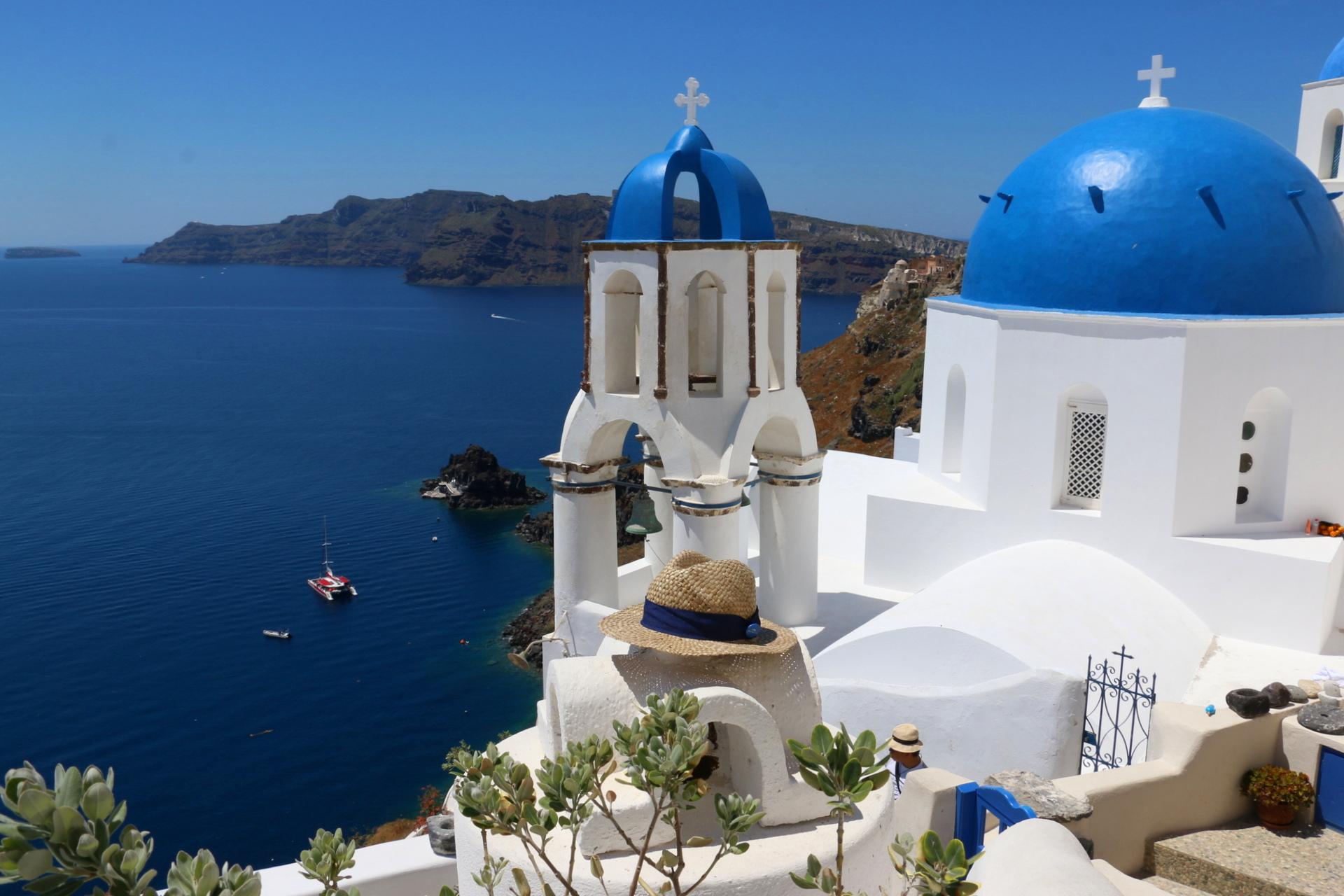 Santorini - biało-niebieskie domy