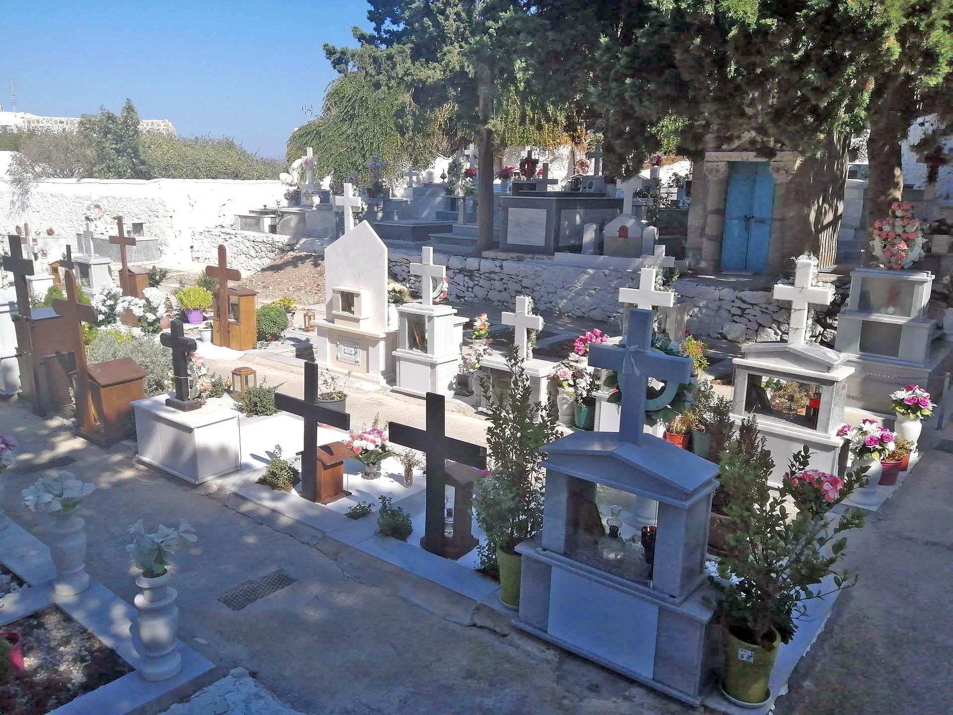 Cmentarz w Nisyros