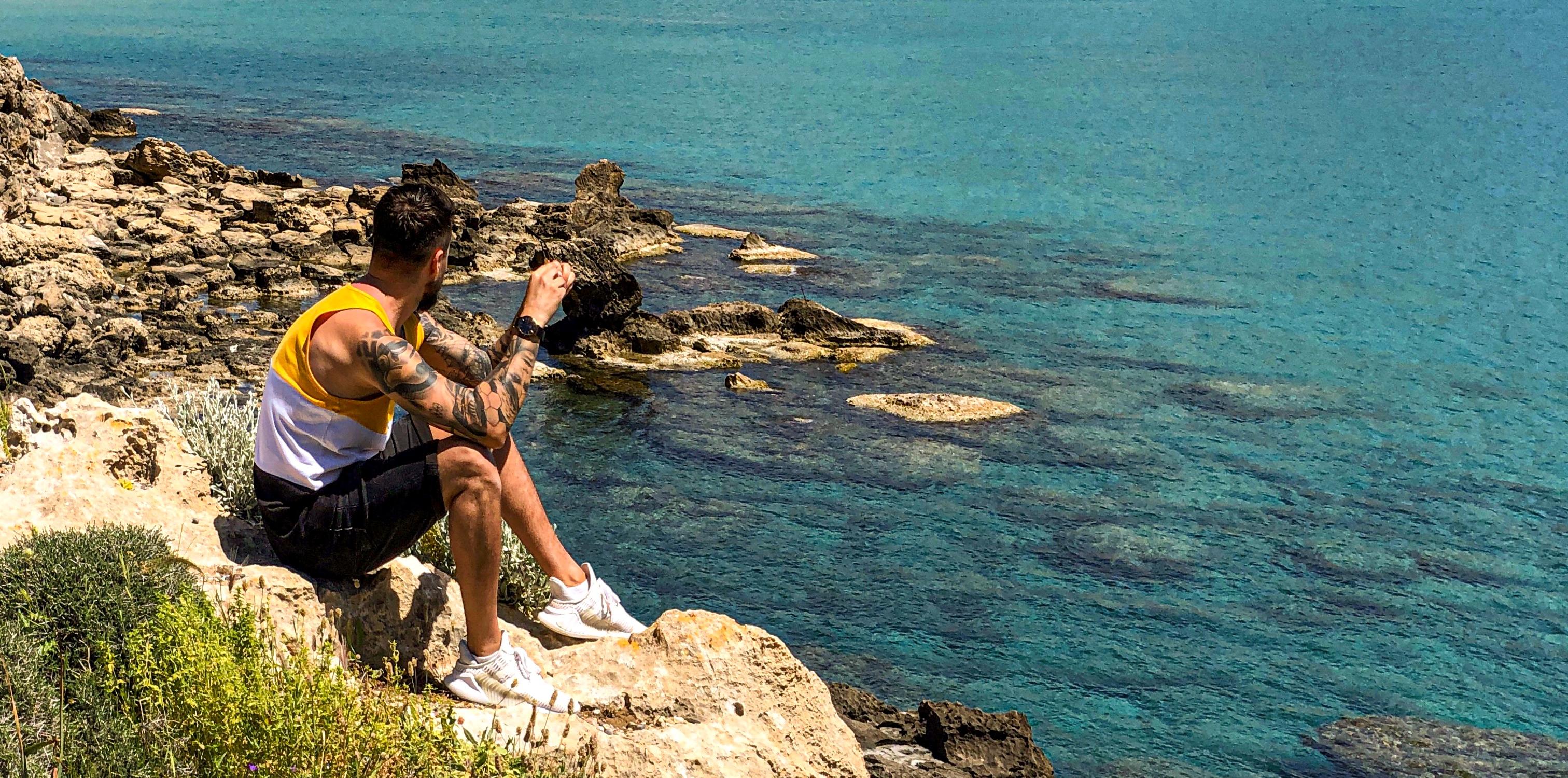 Pocztówka z Rodos – wakacje dla odkrywców